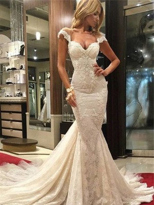 Trumpet/Mermaid V-neck Lace Sleeveless Chapel Wedding Dresses