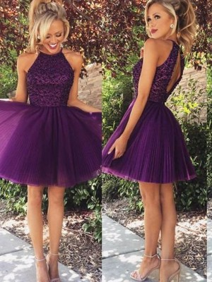 A-line/Princess Sleeveless Halter Tulle Short/Mini Beading Dresses