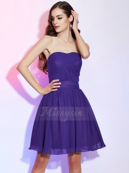 A-Line/Princess Sweetheart Short/Mini Sleeveless Chiffon Pleats Dresses