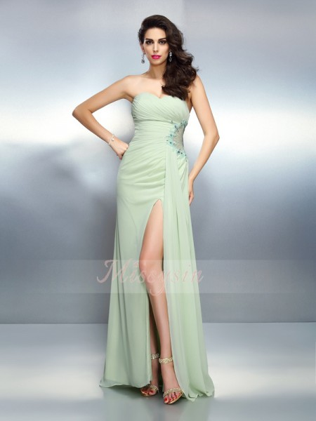 A-Line/Princess Sweetheart Floor-Length Chiffon Sleeveless Pleats Dresses