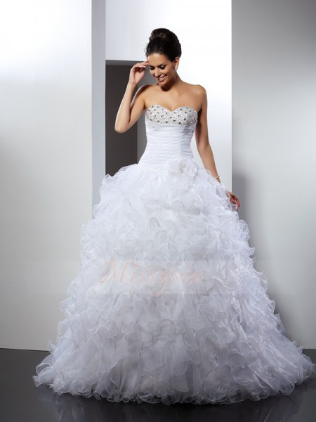 Ball Gown Sweetheart Cathedral Train Organza Sleeveless Beading Wedding Dresses