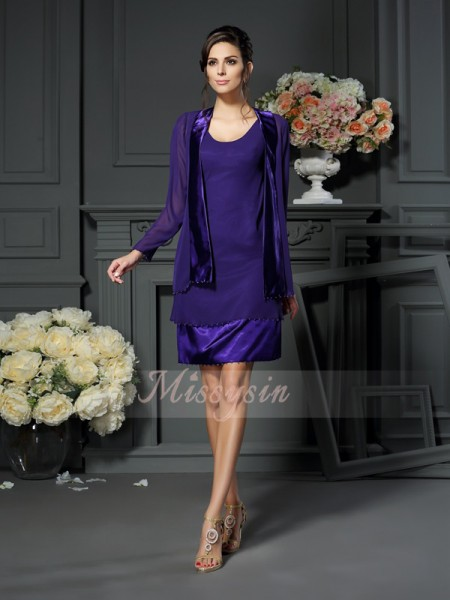 A-Line/Princess Square Knee-Length Chiffon Sleeveless Beading Mother of the Bride Dresses