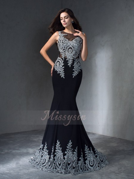 Trumpet/Mermaid Scoop Sleeveless Chiffon Sweep/Brush Train Applique Dresses