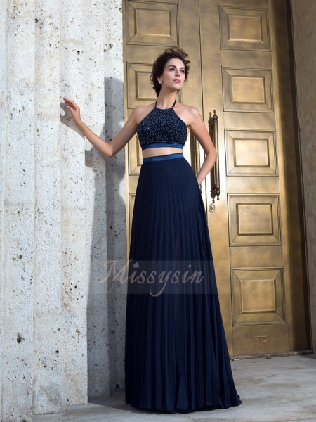 A-Line/Princess Spaghetti Straps Sleeveless Chiffon Sweep/Brush Train Pleats Dresses