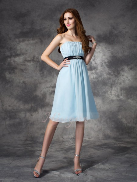 A-line/Princess Strapless Sleeveless Chiffon Knee-Length Rhinestone Bridesmaid Dresses