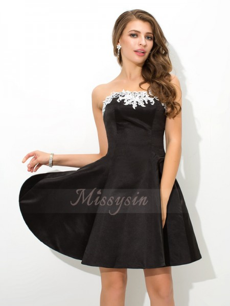 A-Line/Princess Strapless Sleeveless Satin Short/Mini Applique Dresses