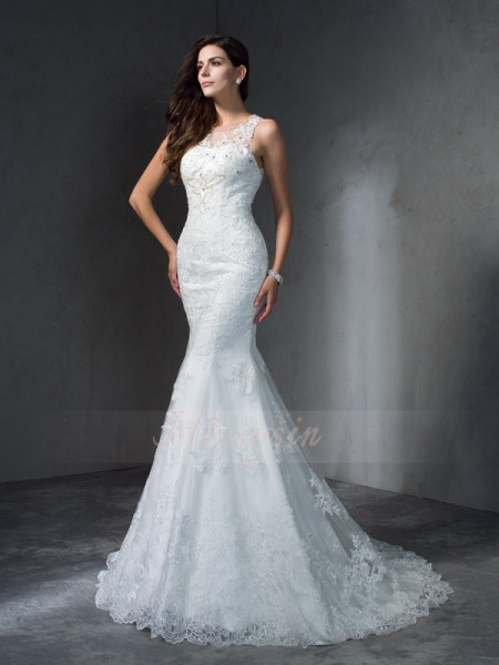 Trumpet/Mermaid Scoop Sleeveless Lace Court Train Applique Wedding Dresses