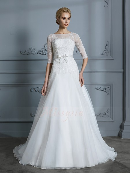 A-Line/Princess Scoop Court Train 1/2 Sleeves Tulle Wedding Dresses