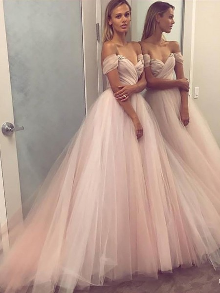 A-Line/Princess Off-the-Shoulder Tulle Sleeveless Beading Sweep/Brush Train Dresses
