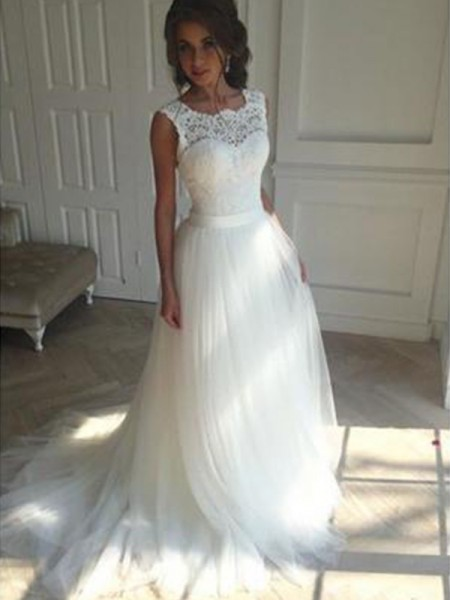 A-Line/Princess Square Sleeveless Court Train Tulle Beading Wedding Dresses