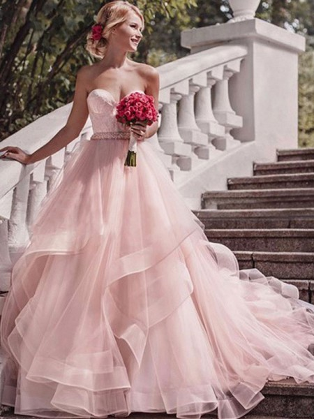 Ball Gown Sweetheart Sleeveless Court Train Organza Layers Wedding Dresses