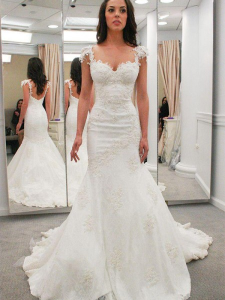 Trumpet/Mermaid Sweetheart Short Sleeves Chapel Train Lace Applique Wedding Dresses