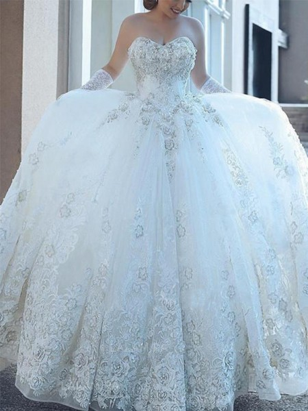 Ball Gown Sweetheart Sleeveless Cathedral Train Tulle Applique Wedding Dresses