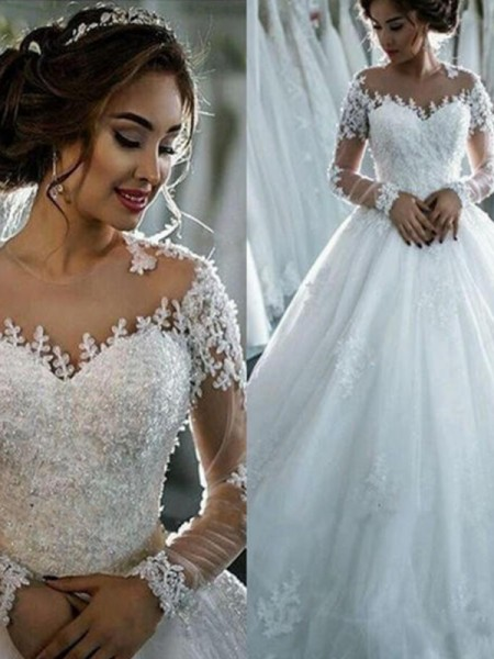 Ball Gown Bateau 3/4 Sleeves Court Train Tulle Beading Wedding Dresses