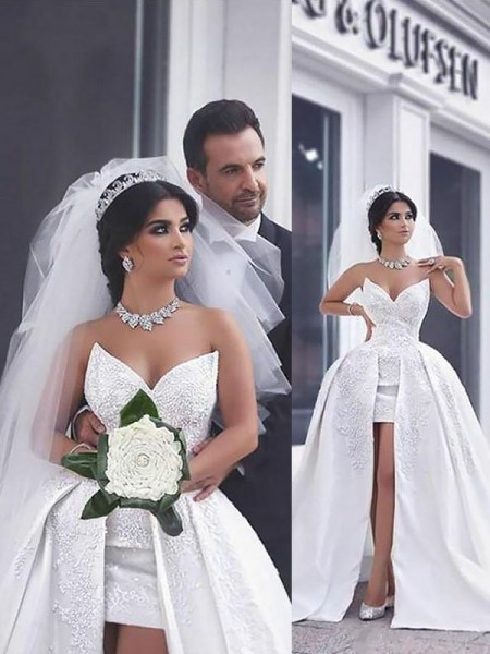 Ball Gown Sleeveless Sweetheart Satin Chapel Train Beading Wedding Dresses