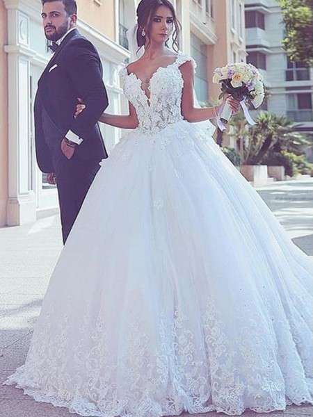 Ball Gown Sleeveless Sweep/Brush Train Sweetheart Tulle Wedding Dresses