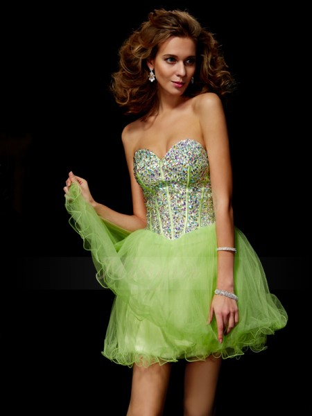 A-Line/Princess Sweetheart Short/Mini Sleeveless Elastic Woven Satin Beading,Sequin Dresses