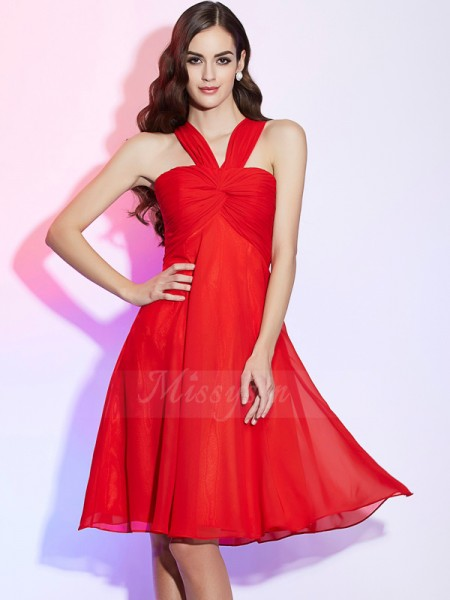 A-Line/Princess Halter Knee-Length Sleeveless Chiffon Pleats Bridesmaid Dresses