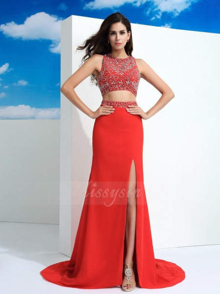 Sheath/Column Scoop Sleeveless Chiffon Court Train Beading Dresses