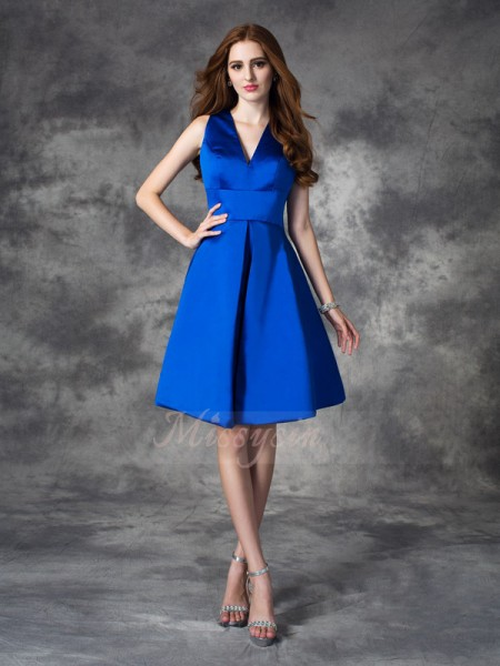 A-line/Princess V-neck Sleeveless Satin Short/Mini Ruched Bridesmaid Dresses