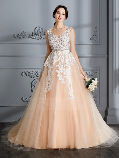 Ball Gown Scoop Court Train Sleeveless Tulle Wedding Dresses