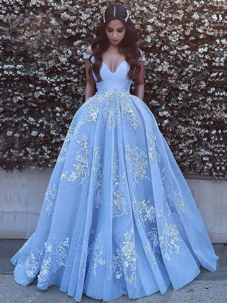 Ball Gown Off-the-Shoulder Tulle Sleeveless Applique Sweep/Brush Train Dresses