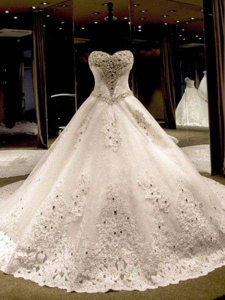 Ball Gown Sweetheart Sleeveless Cathedral Train Tulle Sequin Wedding Dresses