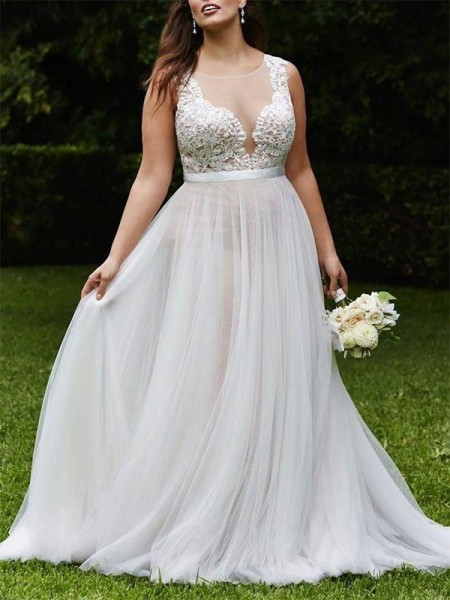 A-Line/Princess Scoop Sleeveless Court Train Tulle Wedding Dresses