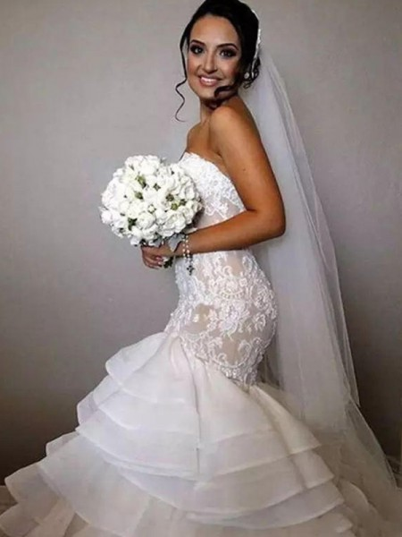 Trumpet/Mermaid Sweetheart Sleeveless Chapel Train Organza Ruffles Wedding Dresses