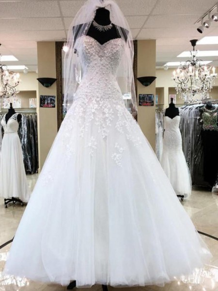 Ball Gown Sweetheart Sleeveless Floor-Length Tulle Applique Wedding Dresses