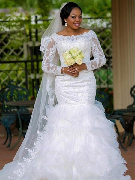 Ball Gown Scoop Long Sleeves Chapel Train Tulle Applique Wedding Dresses