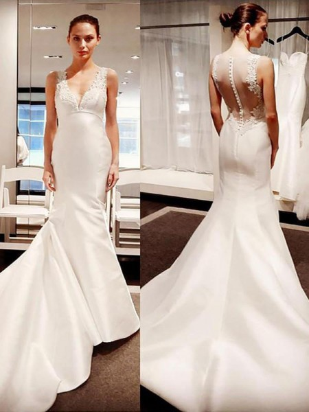 Trumpet/Mermaid V-neck Sleeveless Court Train Satin Applique Wedding Dresses