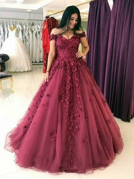 Ball Gown Sleeveless Sweep/Brush Train Tulle Off-the-Shoulder Applique Dresses
