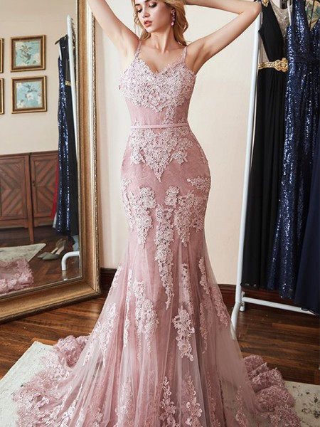 Trumpet/Mermaid Sleeveless Spaghetti Straps Lace Sweep/Brush Train Applique Dresses