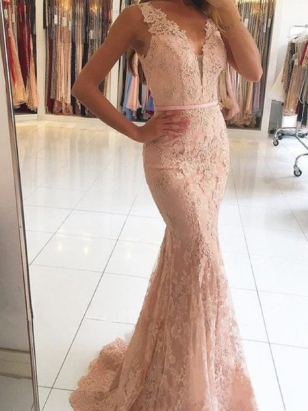 Trumpet/Mermaid Sleeveless V-neck Lace Sweep/Brush Train Applique Dresses