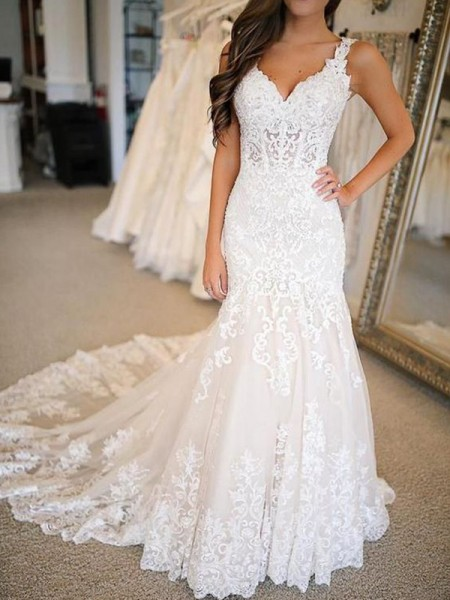 Trumpet/Mermaid Sleeveless V-neck Tulle Sweep/Brush Train Applique Wedding Dresses