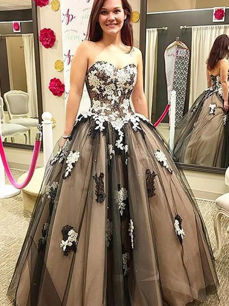 Ball Gown Sweetheart Tulle Sleeveless Applique Floor-Length Dresses