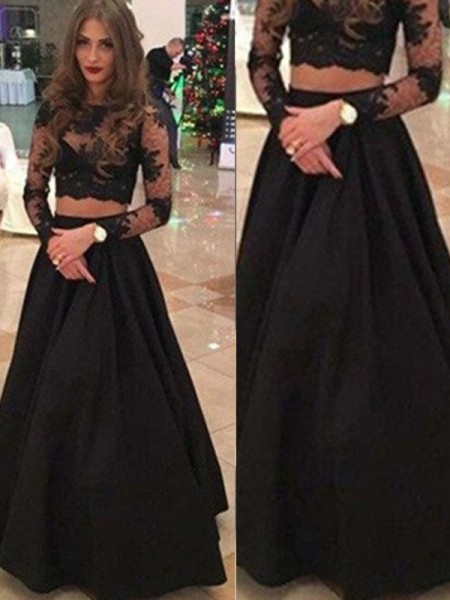 A-Line/Princess Long Sleeves Scoop Lace Floor-Length Dresses