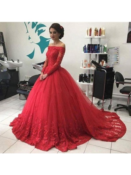 Ball Gown Long Sleeves Off-the-Shoulder Tulle Court Train Dresses