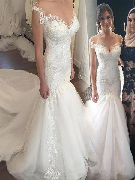 Trumpet/Mermaid Sleeveless Off-the-Shoulder Tulle Chapel Train Wedding Dresses