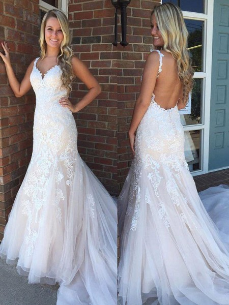 Trumpet/Mermaid Sleeveless Applique Sweep/Brush Train V-neck Tulle Wedding Dresses