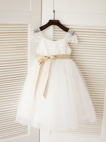 Ball Gown Sleeveless Scoop Tulle Tea-Length Sash/Ribbon/Belt Flower Girl Dresses